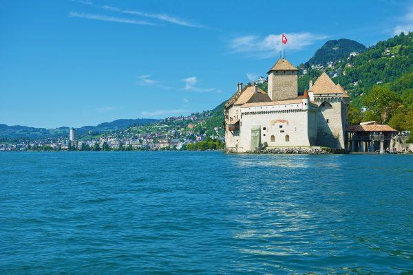 Switzerland Vaud; Waadt; Montreux; Veytaux; Château de Chillon; Schloss; castle; Lac Léman; Genfer See; Geneva Lake; hiver; été; Sommer; summer