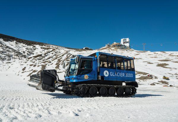 kt_2020_320_glacier3000 snow bus1_2048_10