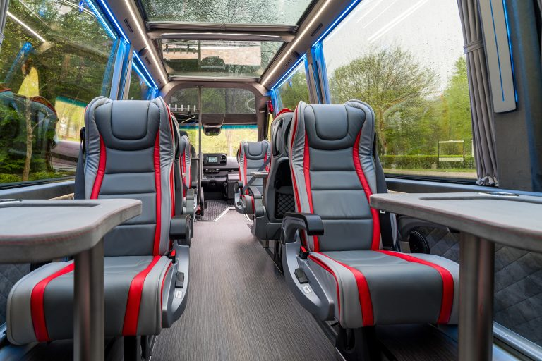 Keytours_excursions_Swisstours_Transport_vehicules_MB8PA-2-2048-10