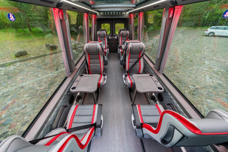 Keytours_excursions_Swisstours_Transport_vehicules_MB8PA-3-2048-10