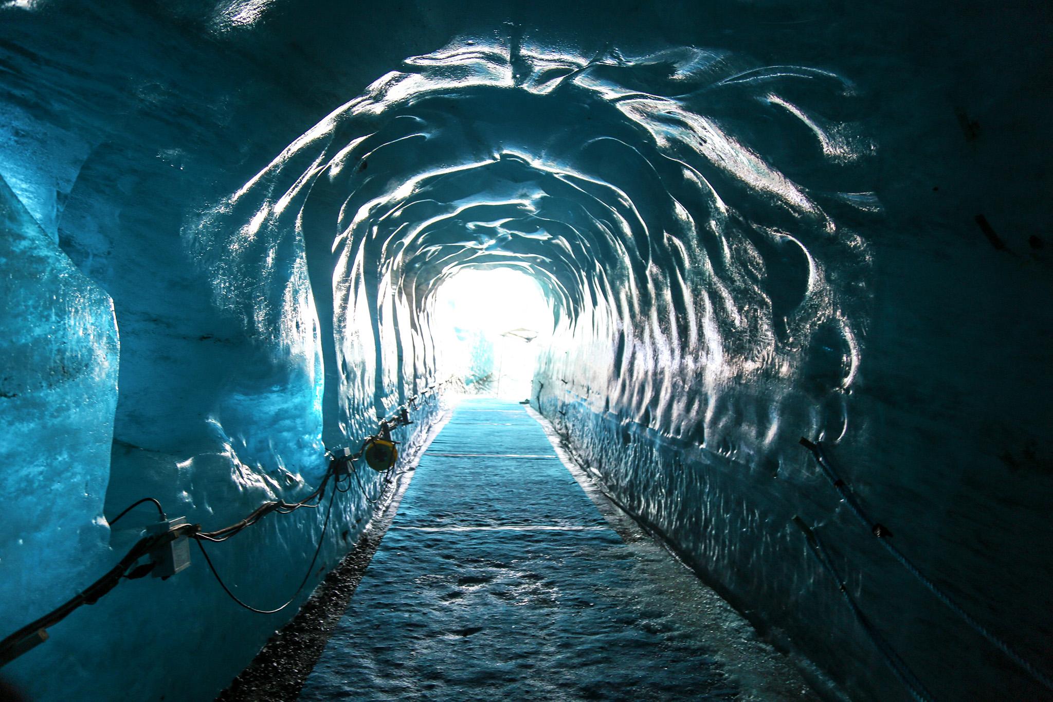 kt_2020_100_keytours_excursions_swisstours_chamonix_mont-blanc_mer_de_glace5_2048_10