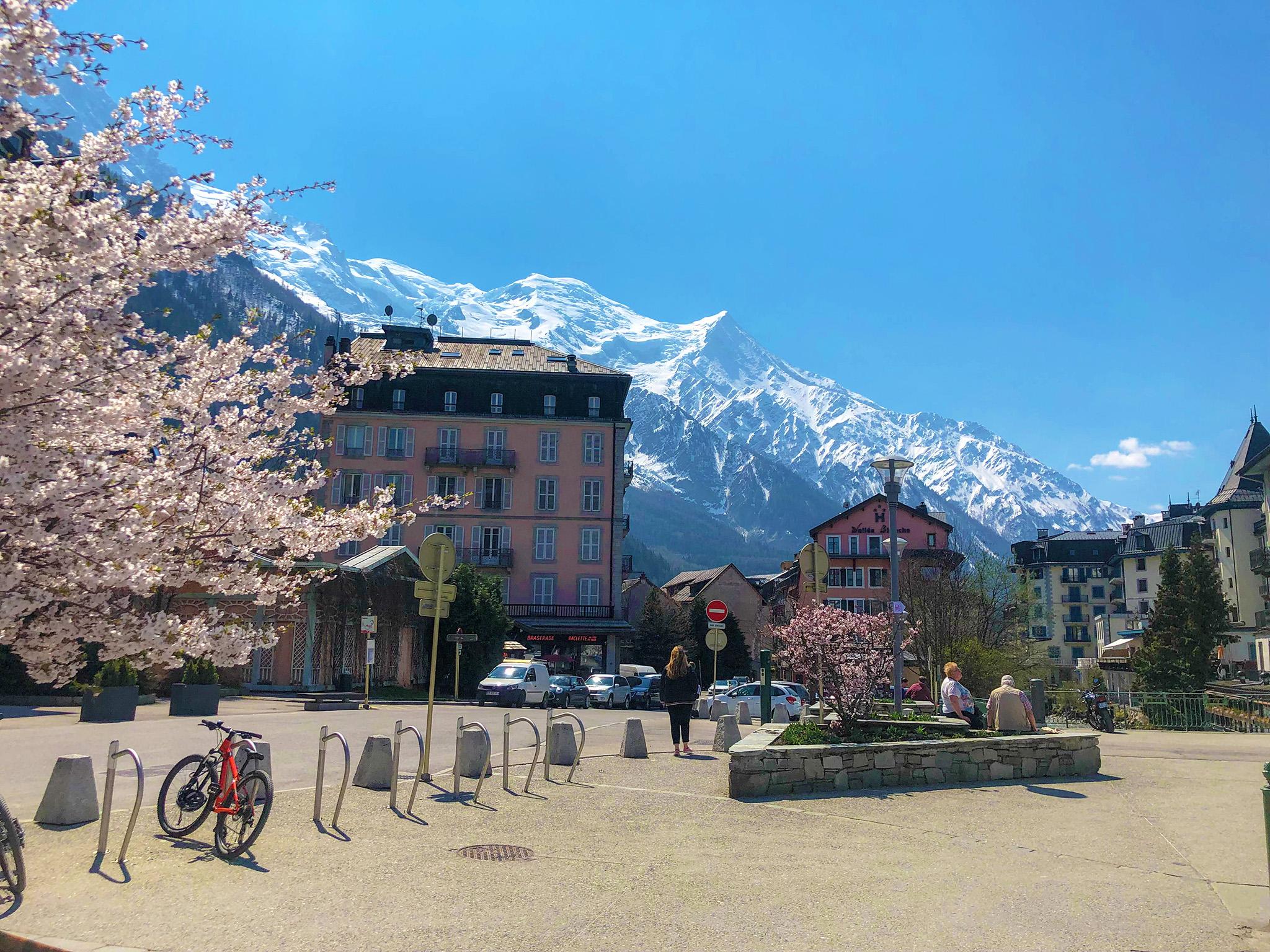 kt_2020_100_keytours_excursions_swisstours_chamonix_mont-blanc_village6_2048_10