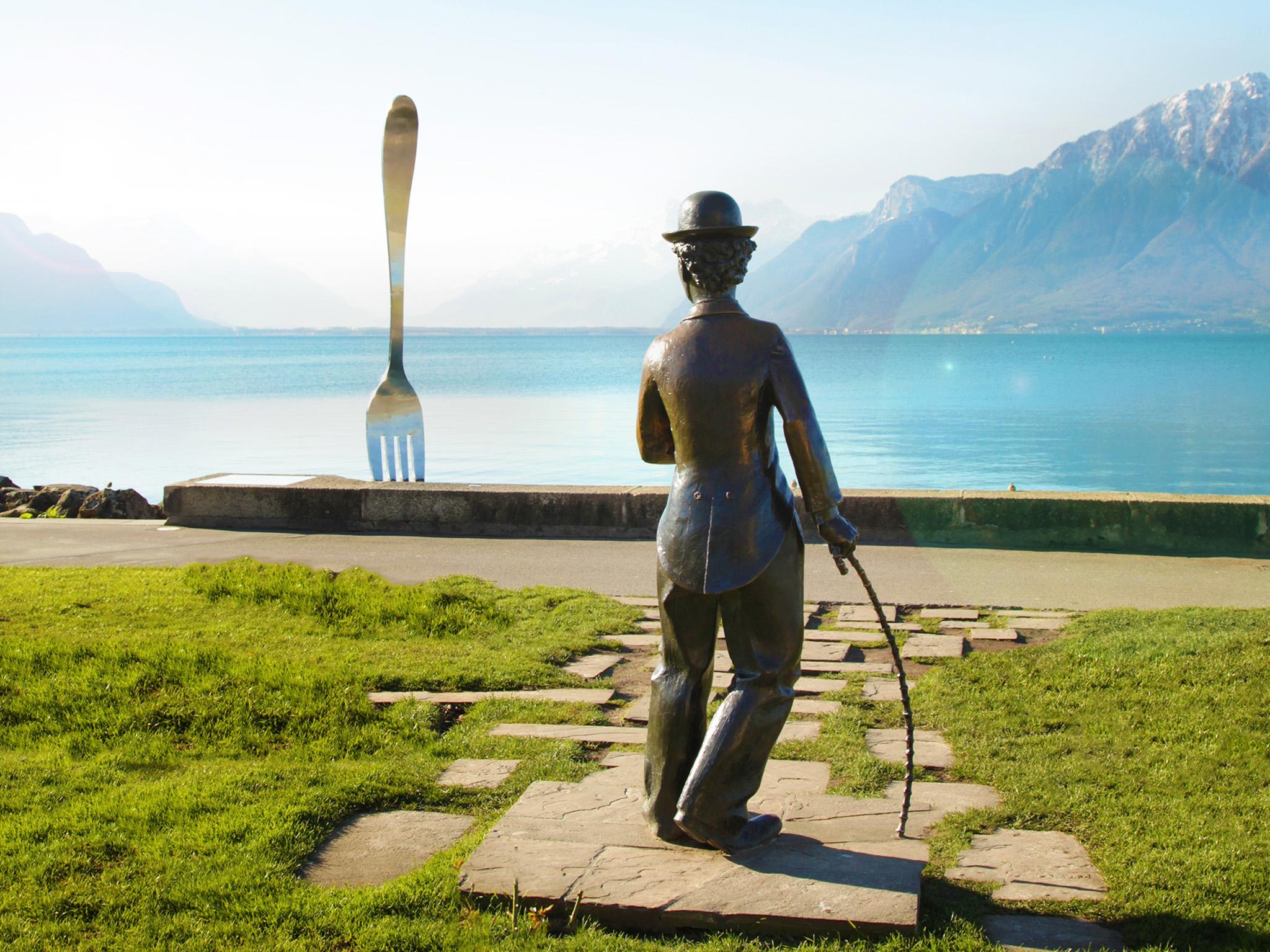 kt_2020_300_Keytours_excursions_Swisstours_chaplin-world2_2048_10