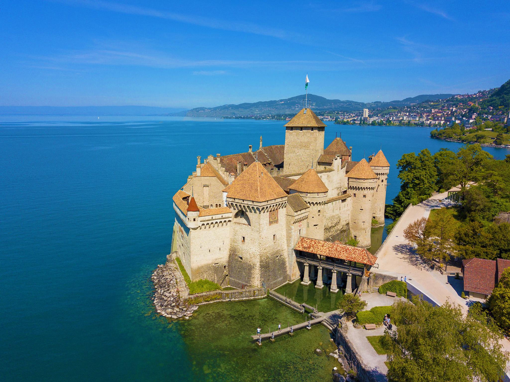 kt_2020_300_Keytours_excursions_Swisstours_chateau chillon1_2048_10