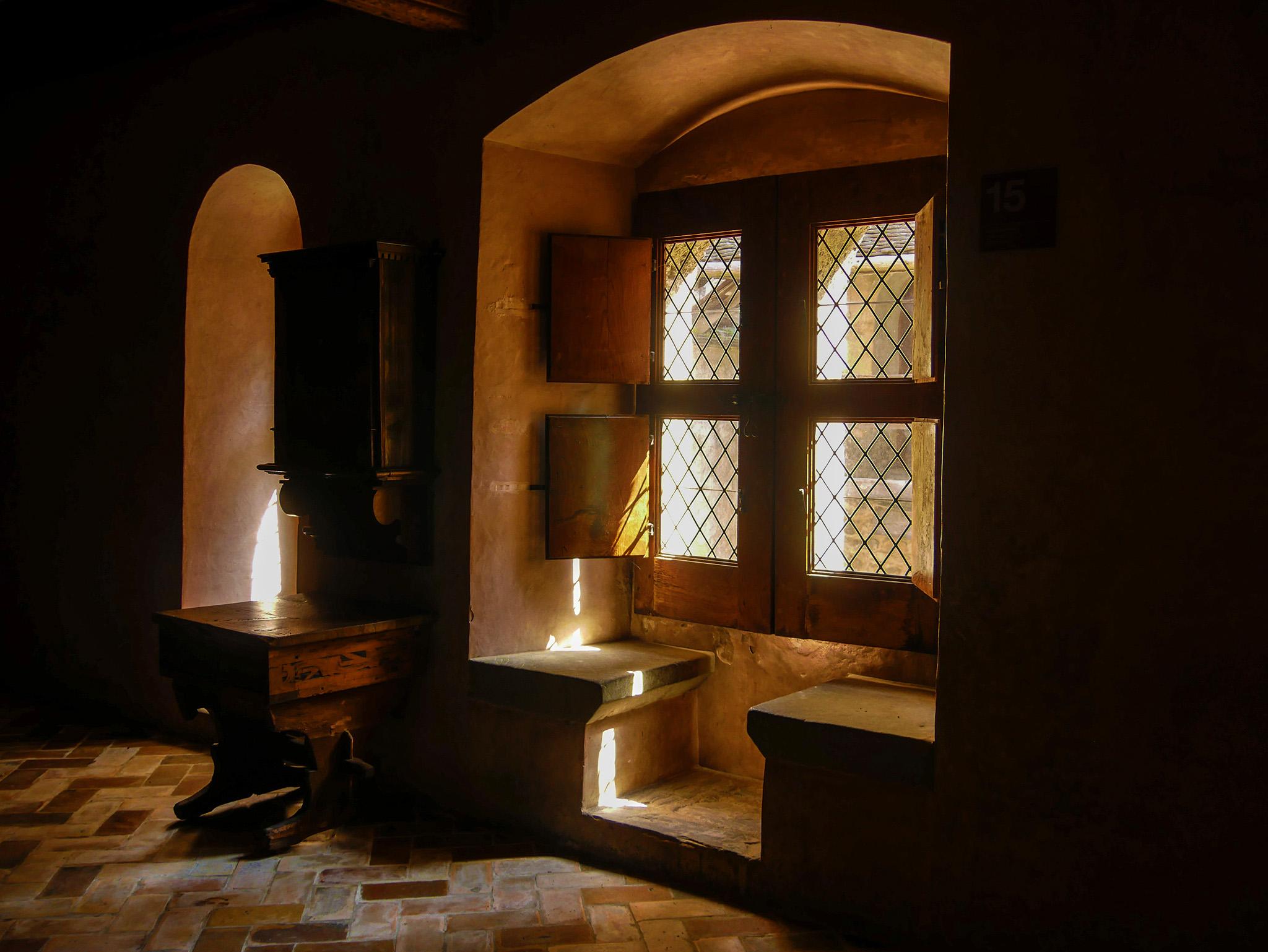 kt_2020_300_Keytours_excursions_Swisstours_chateau chillon46_2048_10