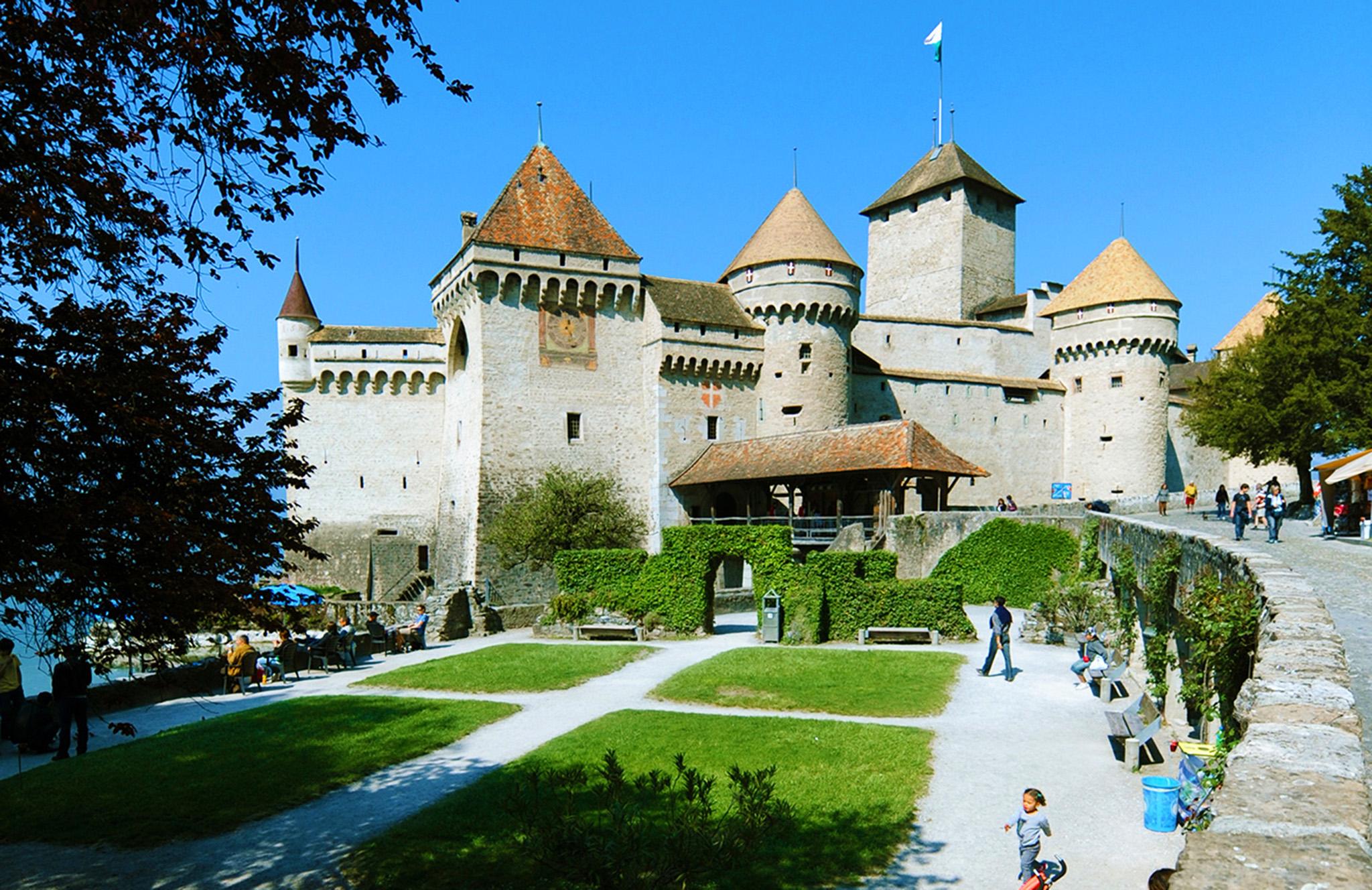 kt_2020_300_Keytours_excursions_Swisstours_chateau chillon4_2048_10