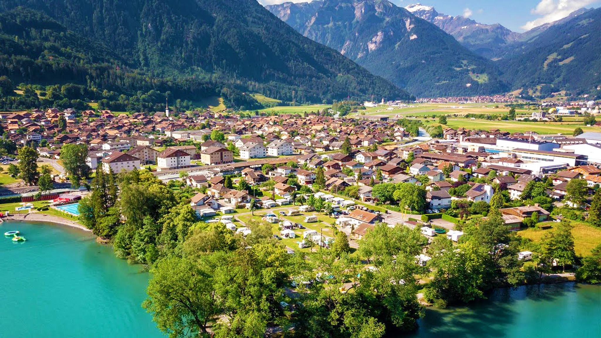 kt_2020_360_Keytours_excursions_Swisstours_interlaken_village5_2048_10