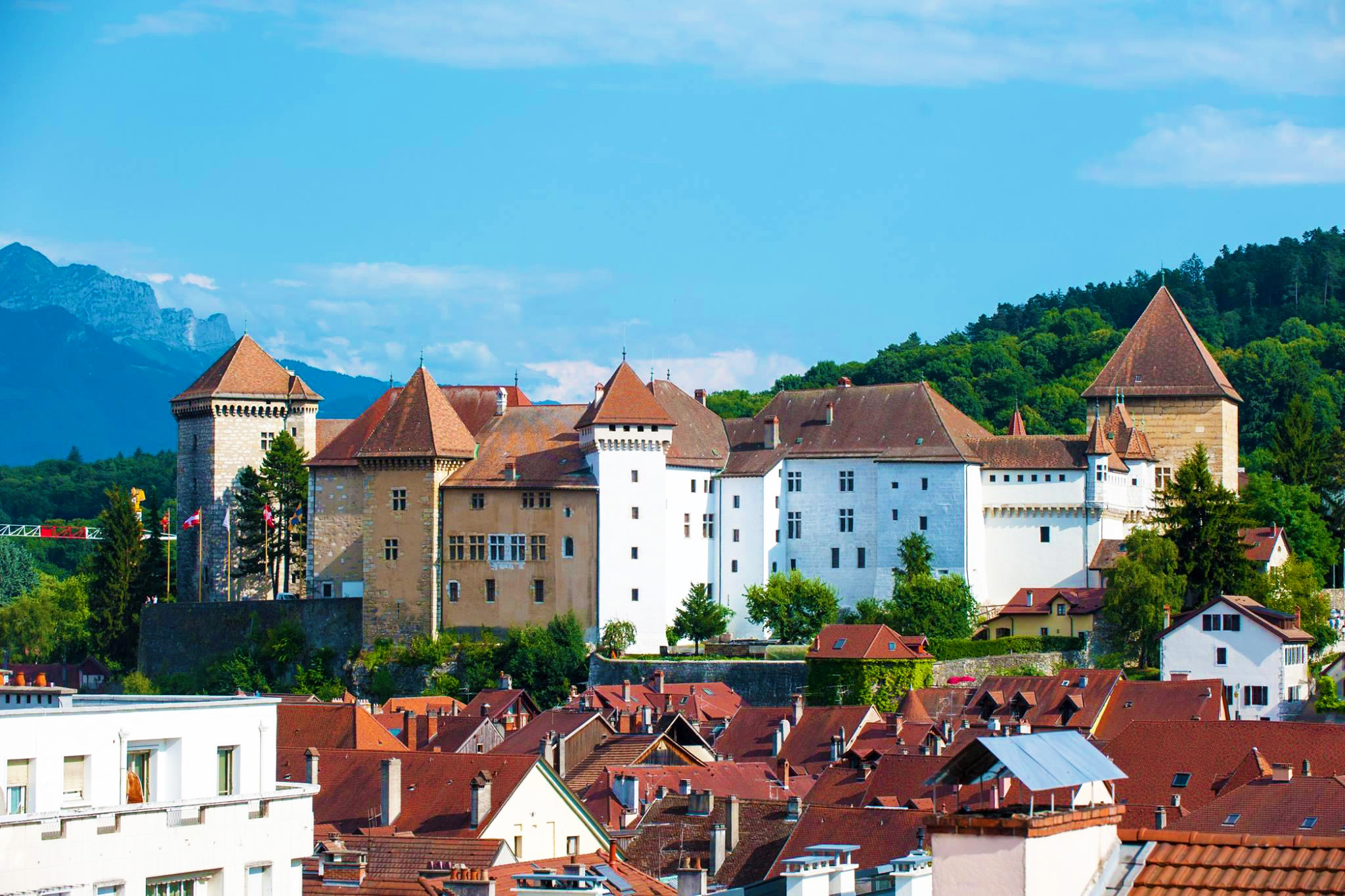 kt_2020_370_Keytours_excursions_Swisstours_annecy_château2_2048_10