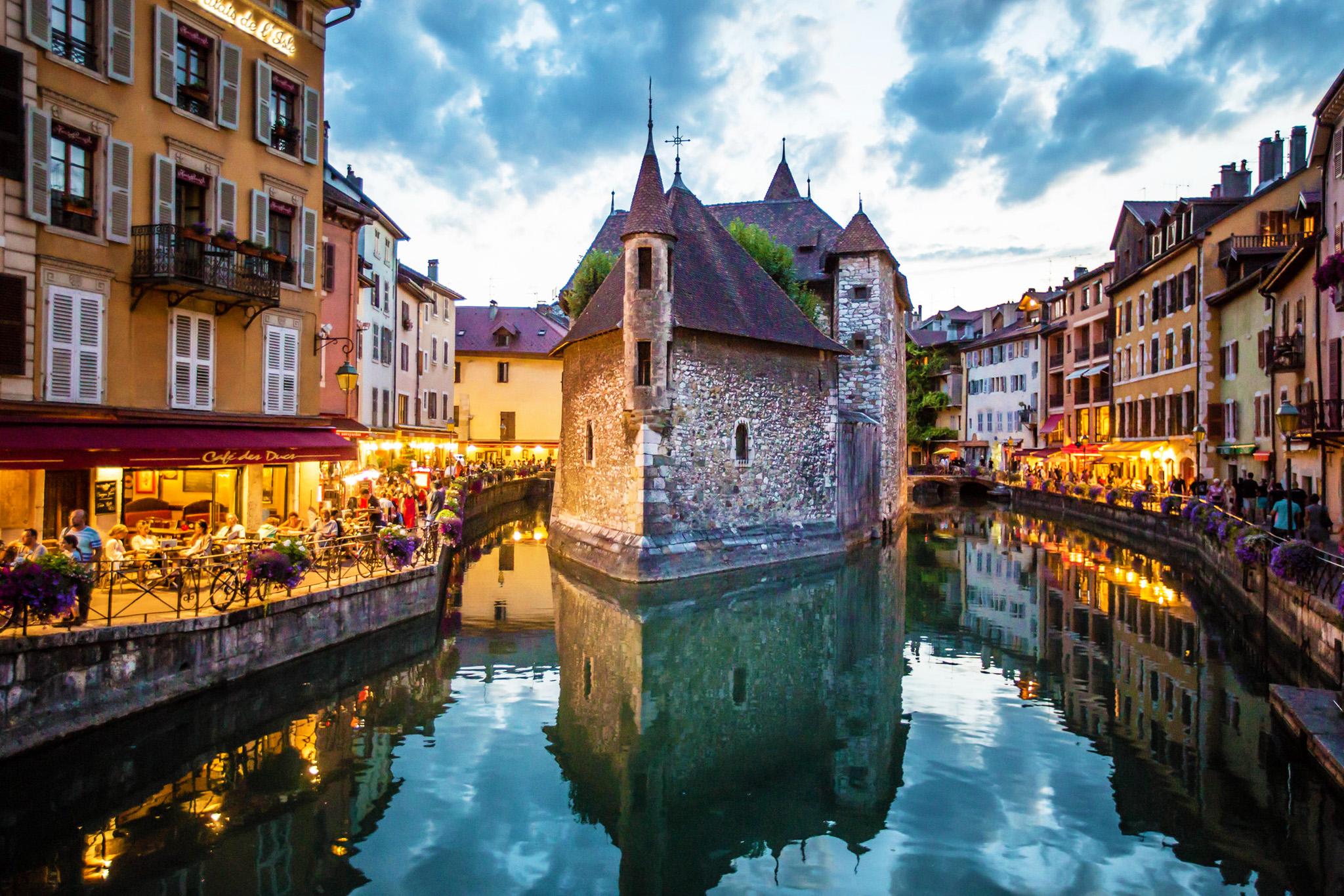 kt_2020_370_Keytours_excursions_Swisstours_annecy_palais_de_l'île1_2048_10