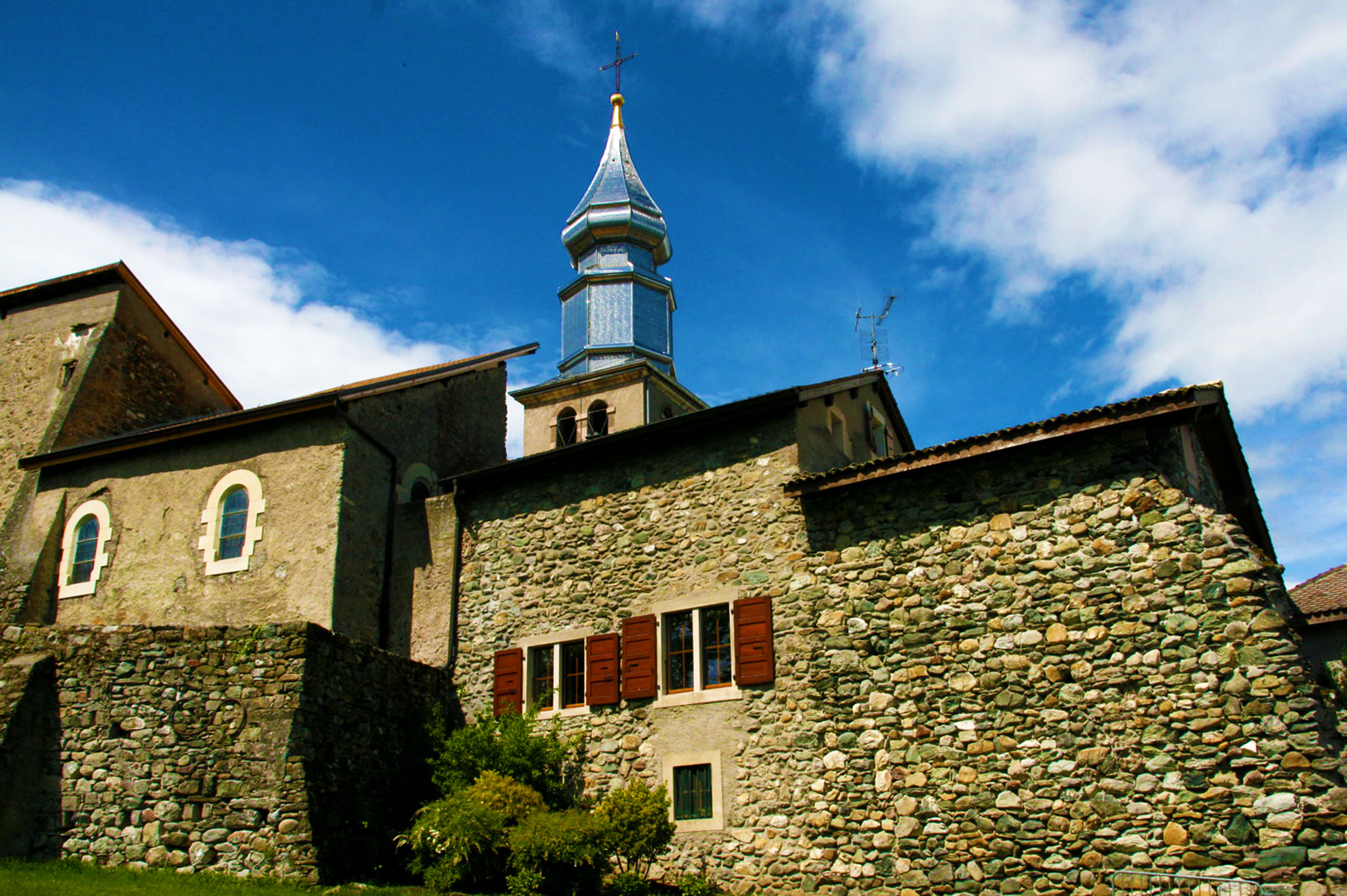 kt_2020_380_Keytours_excursions_Swisstours_yvoire_Saint_Pancras_church1_2048_10