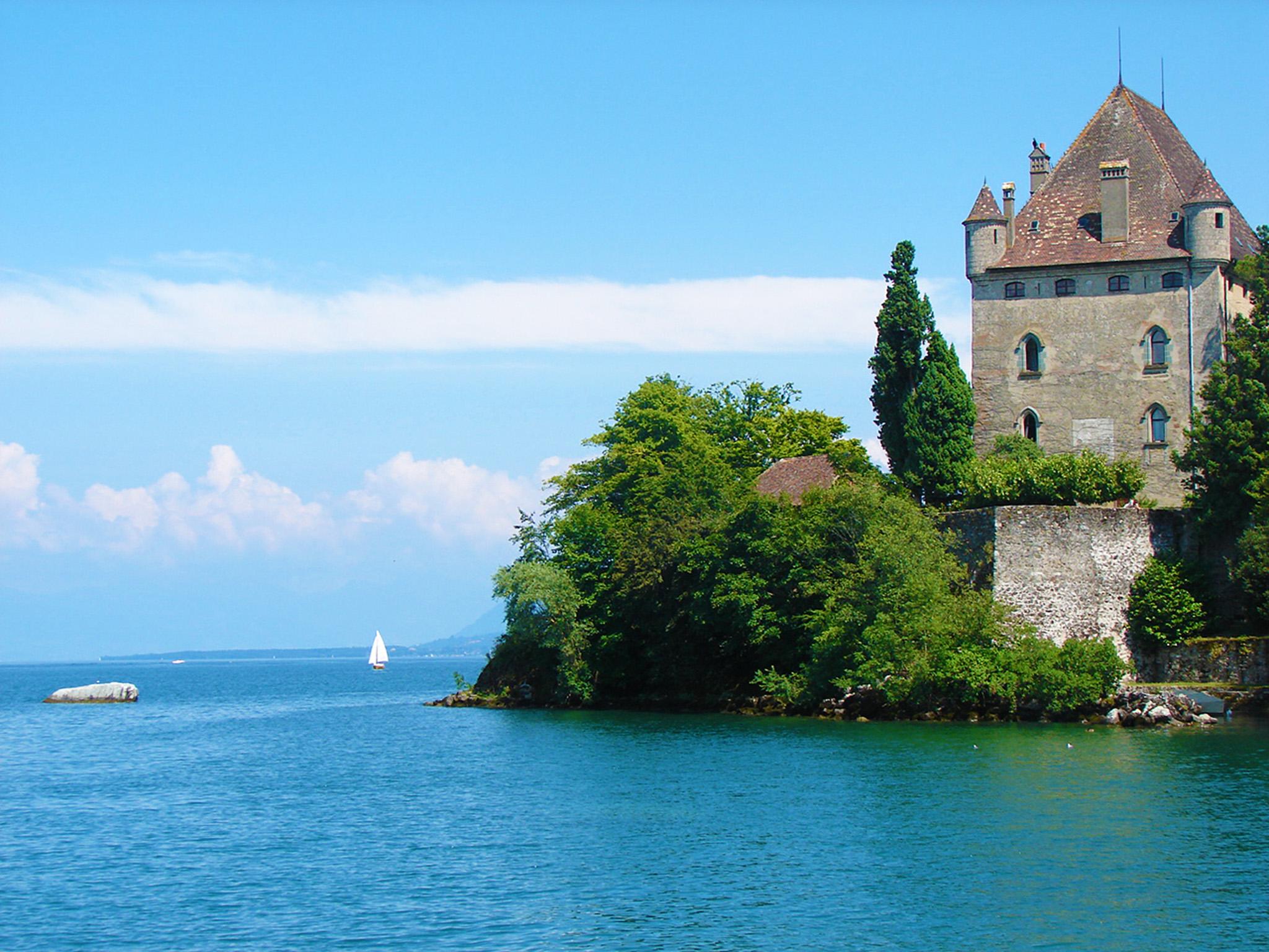 kt_2020_380_Keytours_excursions_Swisstours_yvoire_chateau3_2048_10