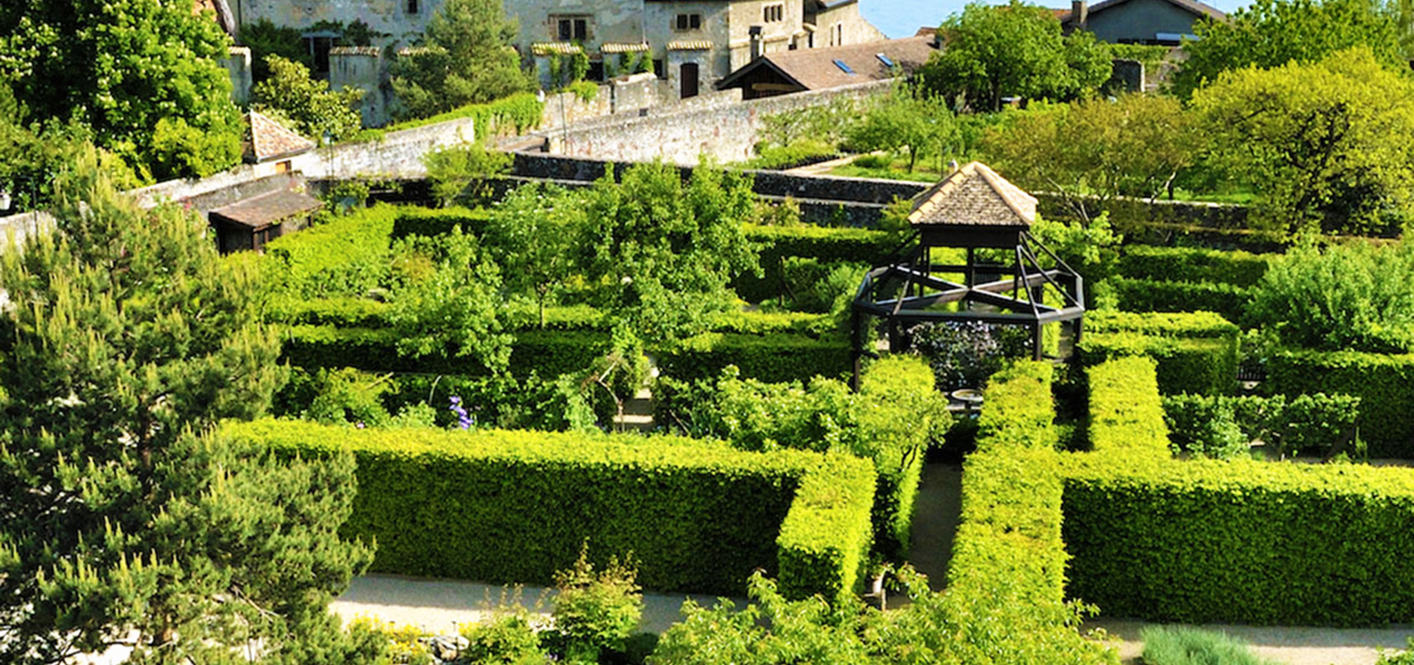 kt_2020_380_Keytours_excursions_Swisstours_yvoire_jardin_des_cinq_sens4_2048_10
